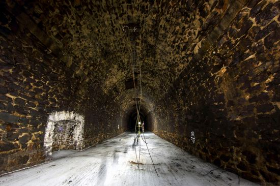 Abandoned Didino Railway Tunnel, Russia, photo 14