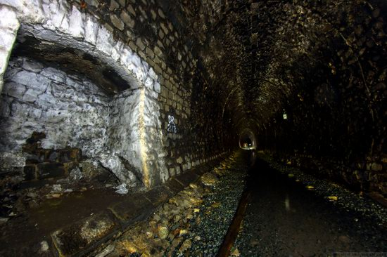 Abandoned Didino Railway Tunnel, Russia, photo 5