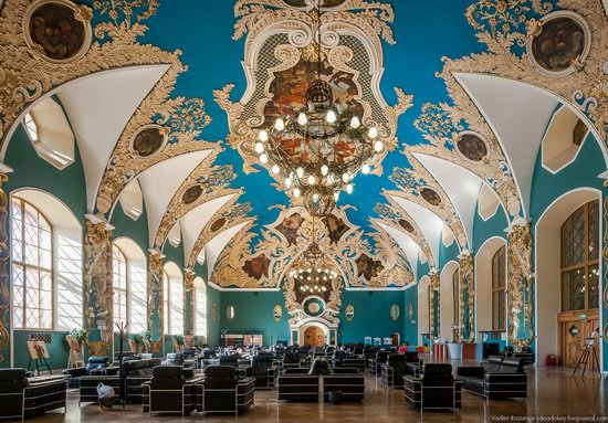 Amazing Interiors of Kazansky Station, Moscow, Russia, photo 2