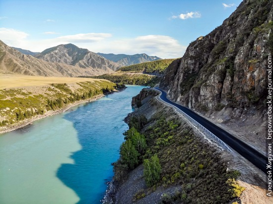 Chuya Highway - the Most Picturesque Road in Russia, photo 1