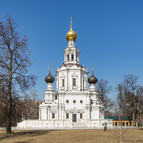 Church of the Life-Giving Trinity in Troitse-Lykovo, Moscow, Russia, photo 1
