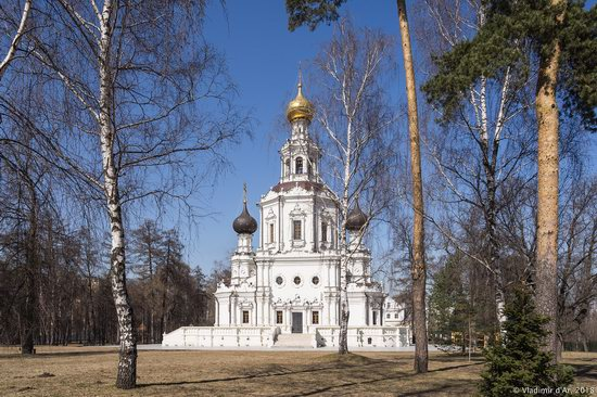 Church of the Life-Giving Trinity in Troitse-Lykovo, Moscow, Russia, photo 11