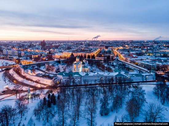 Evening in snow-covered Yaroslavl, Russia, photo 11