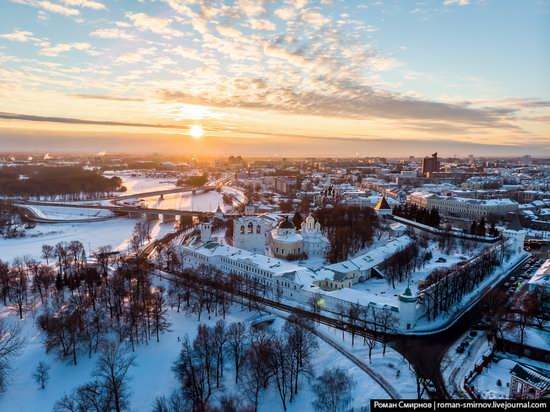 Evening in snow-covered Yaroslavl, Russia, photo 2