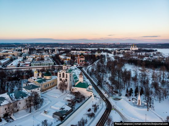 Evening in snow-covered Yaroslavl, Russia, photo 7
