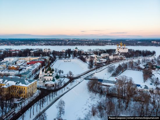 Evening in snow-covered Yaroslavl, Russia, photo 8