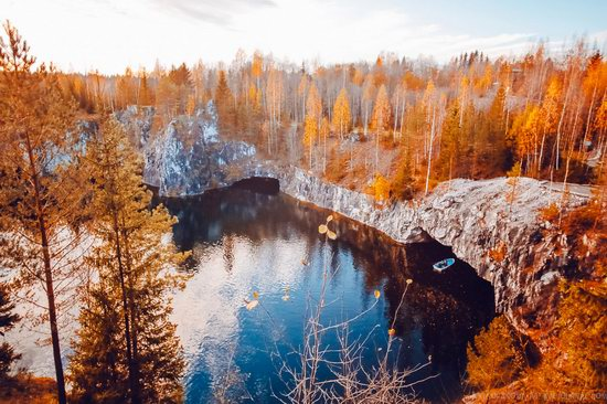 Autumn in the Ruskeala Mountain Park, Karelia, Russia, photo 1