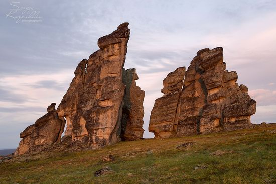 The cliffs of the Ulakhan-Sis Range, Yakutia, Russia, photo 13