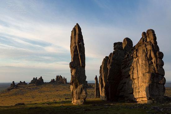 The cliffs of the Ulakhan-Sis Range, Yakutia, Russia, photo 14