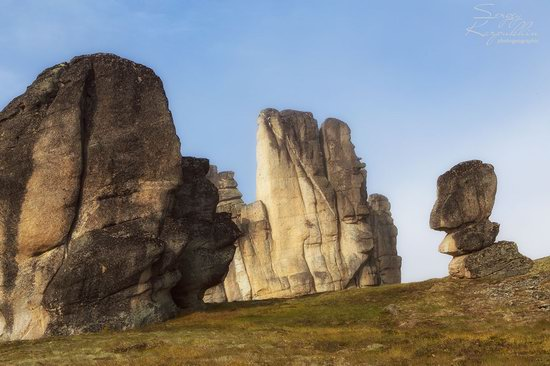 The cliffs of the Ulakhan-Sis Range, Yakutia, Russia, photo 17