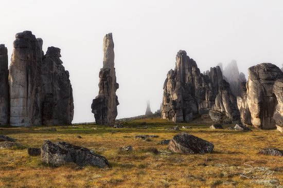 The cliffs of the Ulakhan-Sis Range, Yakutia, Russia, photo 19