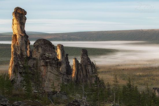 The cliffs of the Ulakhan-Sis Range, Yakutia, Russia, photo 4