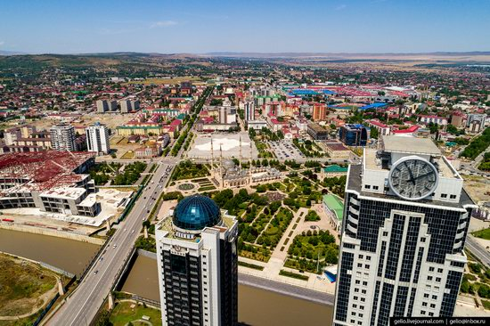 The rebuilt center of Grozny from above, Russia, photo 7