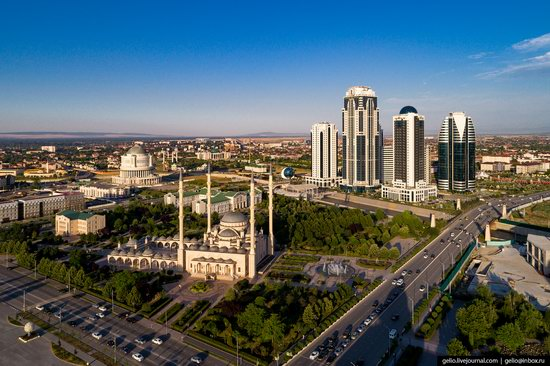 The rebuilt center of Grozny from above, Russia, photo 8
