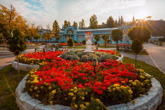 Tsvetnik - the Oldest Park in Pyatigorsk, Russia, photo 6