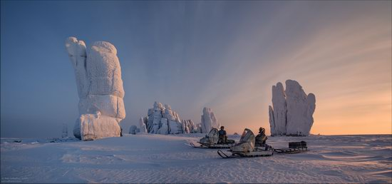 Snow Covered Stone Pillars of Ulakhan-Sis, Yakutia, Russia, photo 14