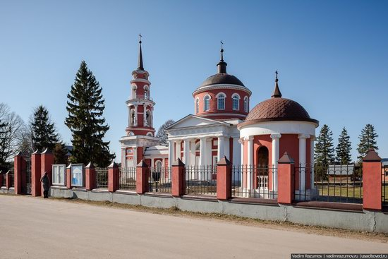Church of the Icon of Our Lady of Akhtyrka in Moscow Oblast, Russia, photo 1