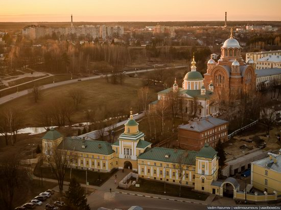 The Pokrovsky Khotkov Convent near Moscow, Russia, photo 1