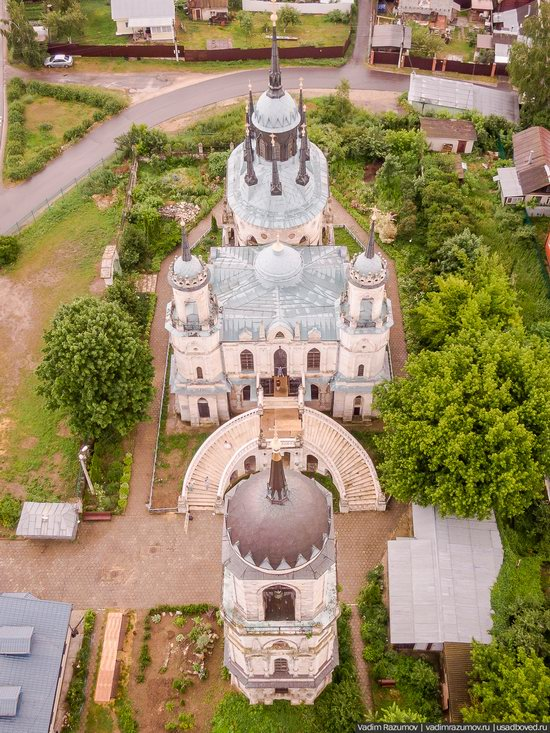 Pseudo-Gothic Vladimirskaya Church in the Bykovo Estate, Moscow Oblast, Russia, photo 10