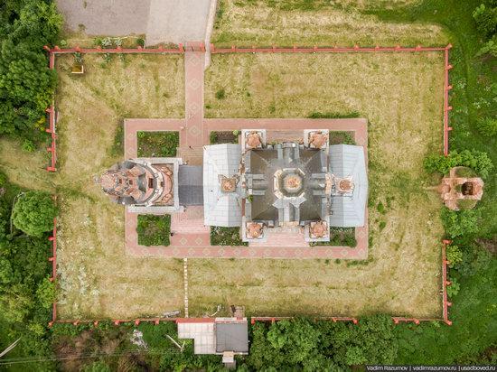 Pseudo-Gothic Orthodox Church in Veshalovka, Lipetsk Oblast, Russia, photo 12