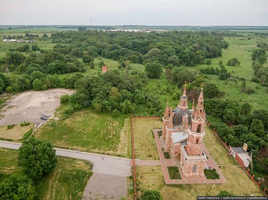 Pseudo-Gothic Orthodox Church in Veshalovka, Lipetsk Oblast, Russia, photo 14