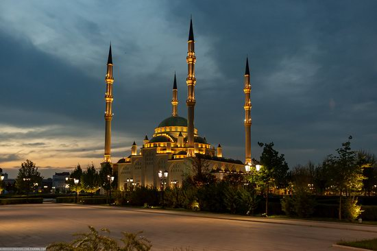 Mosque Heart of Chechnya in Grozny, Russia, photo 2