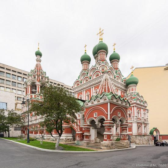 Church of the Holy Life-Giving Trinity in Nikitniki, Moscow, Russia, photo 13