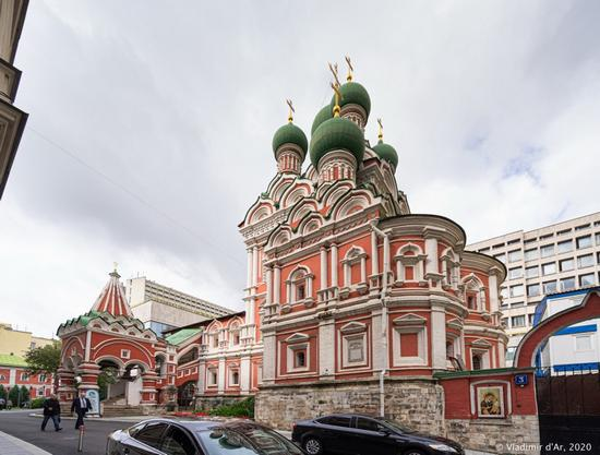 Church of the Holy Life-Giving Trinity in Nikitniki, Moscow, Russia, photo 5
