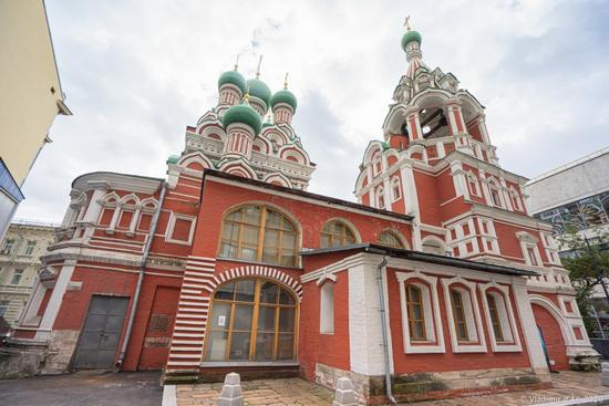 Church of the Holy Life-Giving Trinity in Nikitniki, Moscow, Russia, photo 7