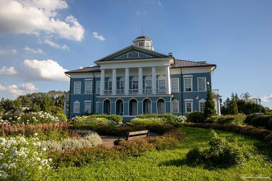 The Galsky Estate in Cherepovets, Vologda Oblast, Russia, photo 17