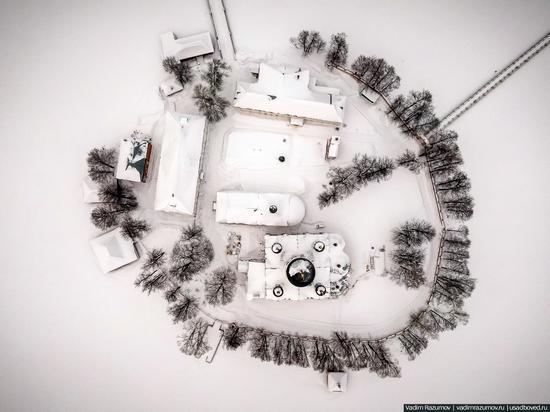 Winter in Svyato-Vvedensky Island Convent near Pokrov, Vladimir Oblast, Russia, photo 4
