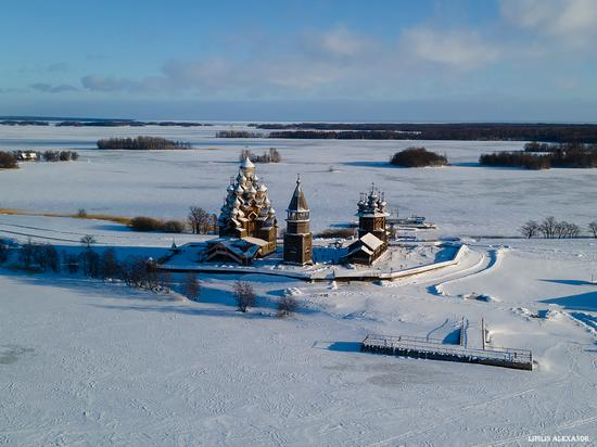 Snowy winter on Kizhi Island, Karelia, Russia, photo 9