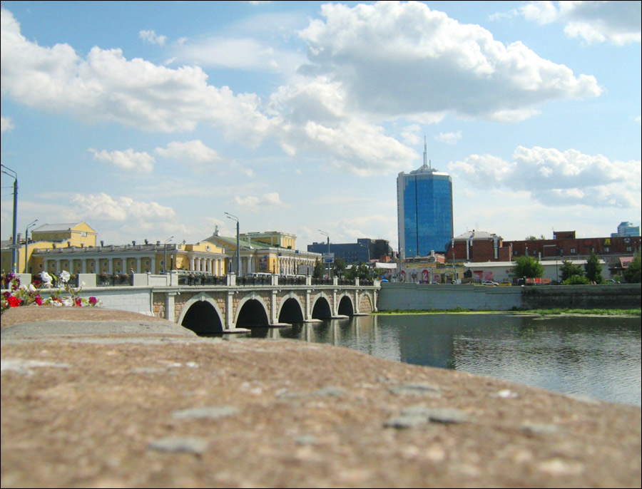 http://russiatrek.org/images/photo/chelyabinsk-city-view.jpg