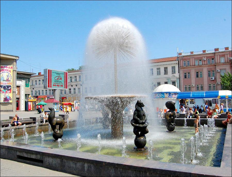 Saratov city, Russia fountain view