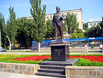 Sholokhov monument in Rostov-on-Don