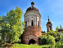 Abandoned church in Yaroslavl province