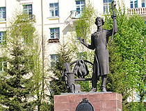 Monument to Ivan Bushuyev in Zlatoust